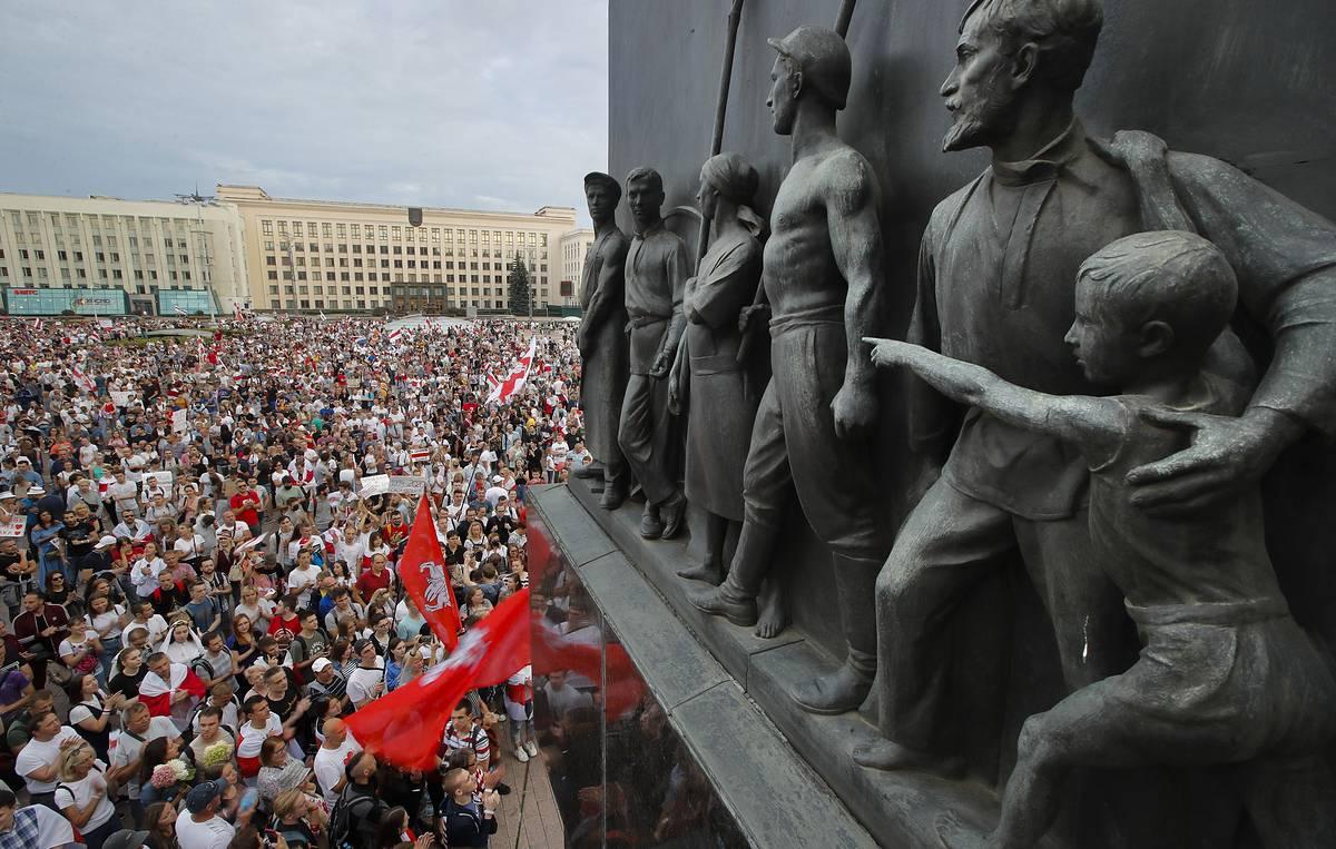 Duh je izašao iz boce: Belorusija na prekretnici